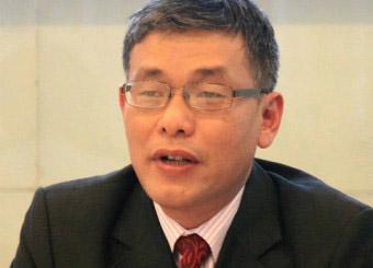 TS. Hoàng Lê Minh